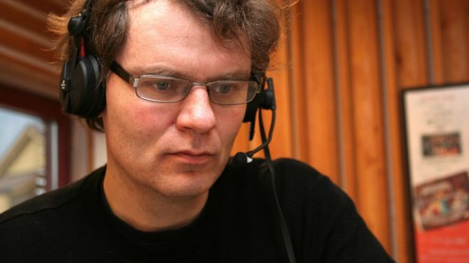 NRK-journalist Bård Siem. (FOTO: TORBJØRN FARDAL / NRK)