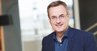 Brikt Olsen slutter som salgsdirektør for å begynne som konserndirektør for forretningsutvikling.
