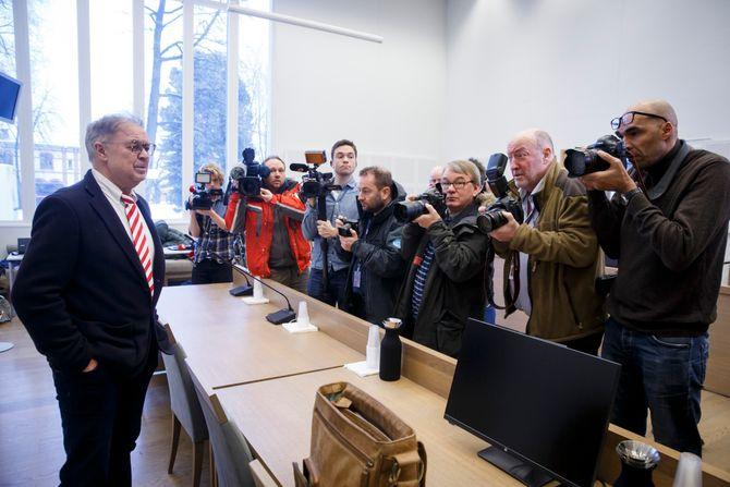 Advokat Aasmund Olav Sandland, som forsvarer den avdøde 13-åringens tiltalte mor, under et fengslingsmøte i vinter. Straffesaken kommer opp for retten til våren. (Foto: Heiko Junge / NTB scanpix)