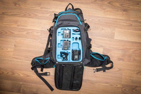Sekken er full av lommer som gjør det veldig enkelt å organisere utstyret.
