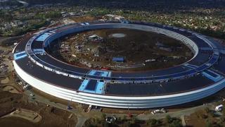 Se dronevideoen av Apples futuristiske hovedkvarter