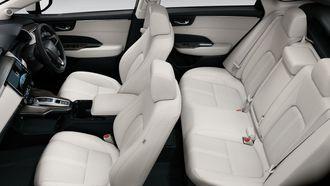 Honda Clarity er en romslig femseter.