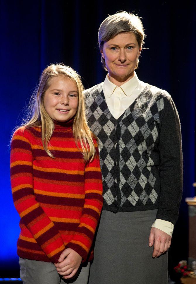 """Siri Skjeggedal (t.v.) spiller Selma og Kjersti Elvik spiller Ruth i NRKs nye julekalender """"Snøfall"""", som starter 1 desember. Begge skal de legge ut på en spennende reise, lover NRK. (Foto: Berit Roald / NTB scanpix)"""
