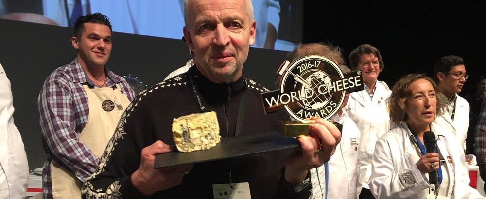 Pappa Gunnar Waagen var til stede under World Cheese Awards.