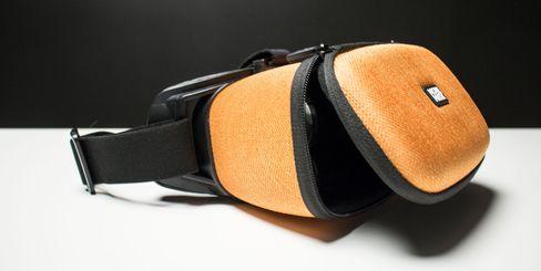 Til tusen kroner burde man kunne forvente mer enn spesielle linser og en fin innpakning.