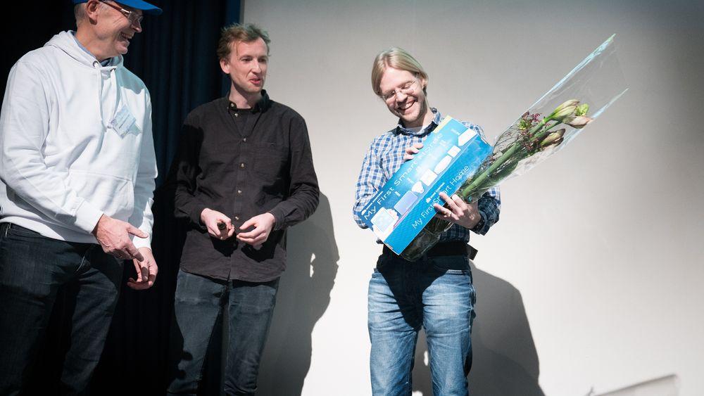 Vinner: Magnus Ognedal fikk utdelt prisen på TU-konferansen Smarte hjem og bygg 2016.