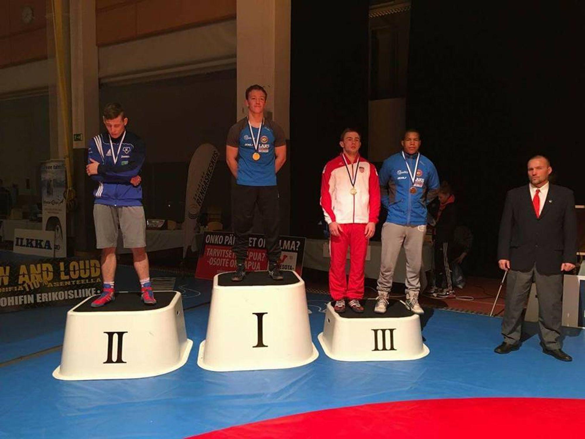 FIKK MEDALJER: Brage Ringheim og Sebastian Aak ble belønnet med henholdsvis gull og bronse i Finland. .