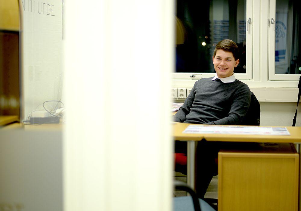 Tom Erik Nilsen (18) sluttet på skolen i fjor vinter. Det ble for mye jobb til at det lot seg kombinere.