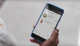 Appen holder kontroll på hva du har handlet i en virtuell handlevogn, og belaster deg automatisk via Amazon-kontoen.
