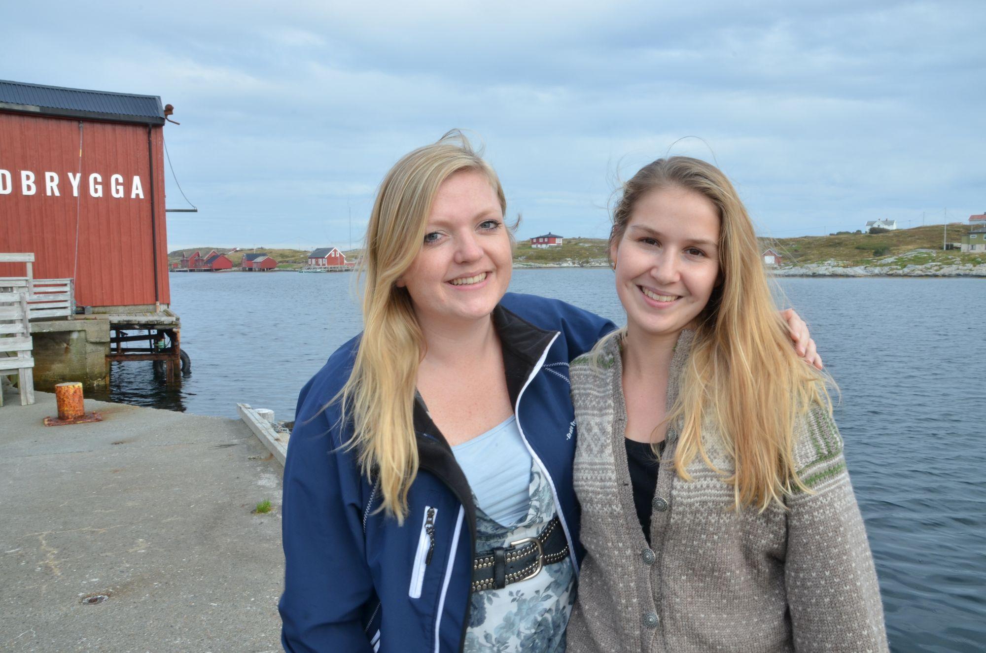 Journalistene Lena Jorgensen og Rikke Lunde Andersen i nettavisen Frøya.no.