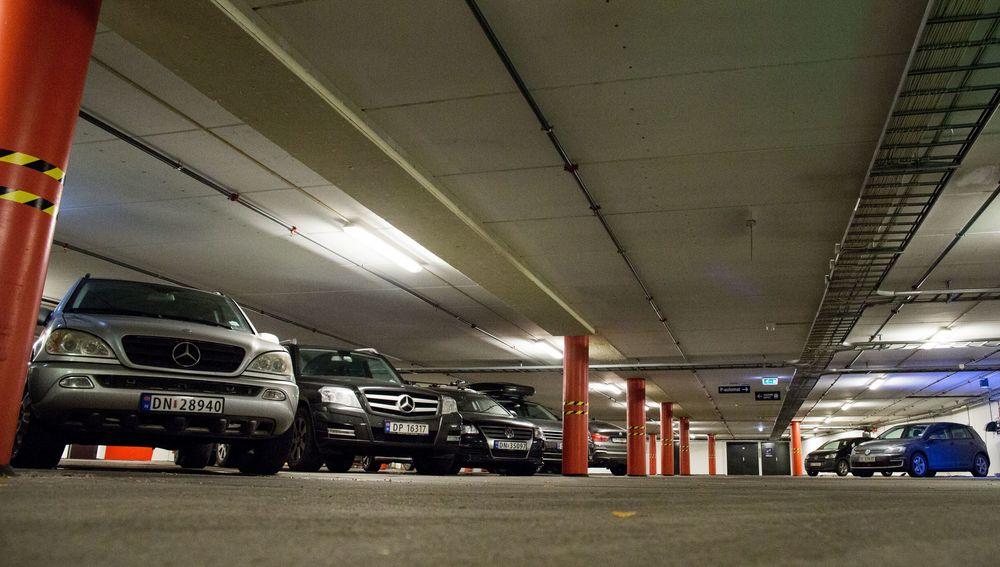 Parkeringshuset på Vulkan i Oslo får ladeanlegg med batteri til effektavlasting.