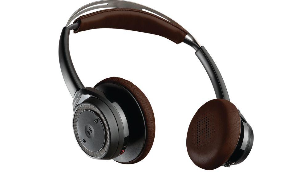 Dagens premie i julekalenderen er et trådløst headset fra Plantronics.