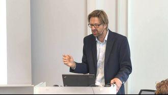 Øystein Åsnes jobber som seniorrådgiver i seksjon for informasjonssikkerhet og datadeling i det statlige organet som utvikler datasystemer for offentlig sektor.