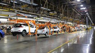 På Orion-fabrikken i Michigan er serieproduksjonen av Chevy Bolt så vidt startet, på samme linje som Chevy Sonic.