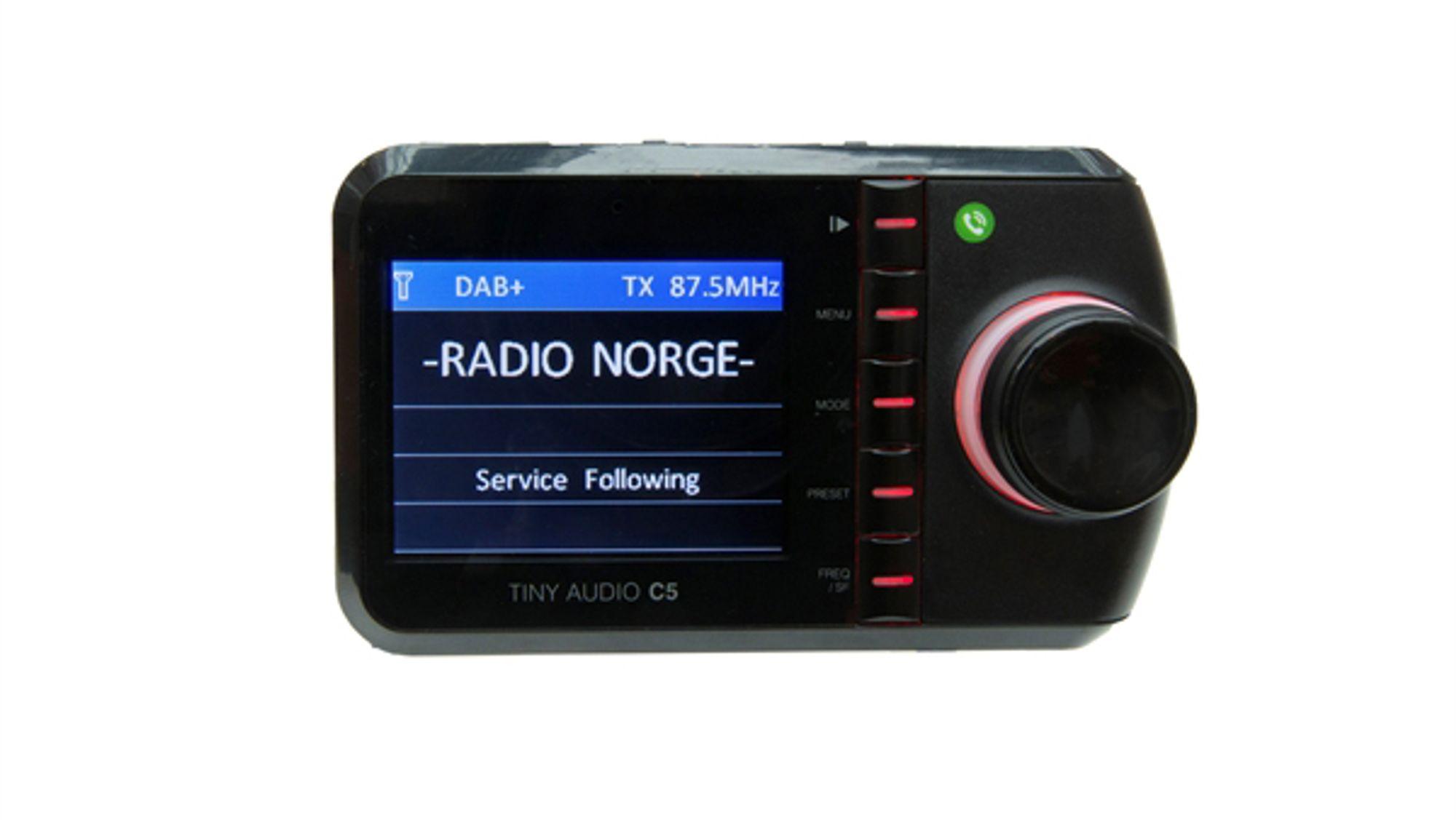 I dagens luke finner du en Tiny Audio C5 DAB-adapter til bil.