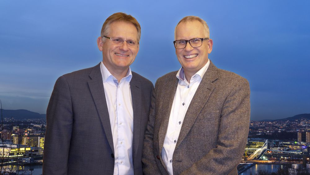 Fra venstre Morten Thorkildsen, adm. dir. Rejlers Norge og Børge Nilssen, adm. dir. i Entro.