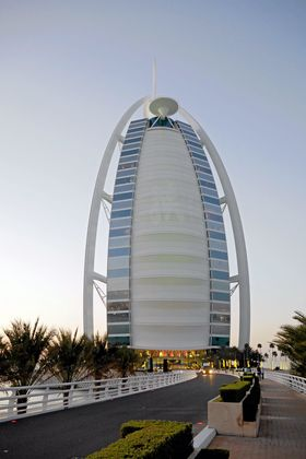 Hoteller i Dubai, som Burj Al Arab, kan bestilles gjennom Secret Escapes.