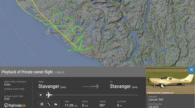 LOVE FLYING: Klart og tydelig budskap fra pilot og luftkunstner Klaus Nødland.
