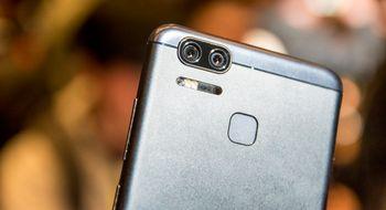 Asus' nye mobil har <i>massivt</i> batteri og hyggelig prislapp