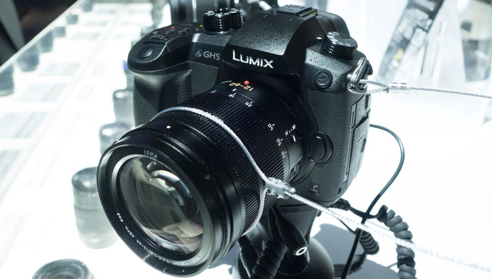 Panasonic DMC-GH5