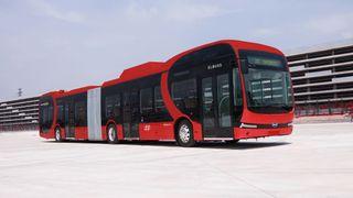 Om tre år skal 100 batteribusser settes i drift: Nå tester de tre ulike elbussteknologier