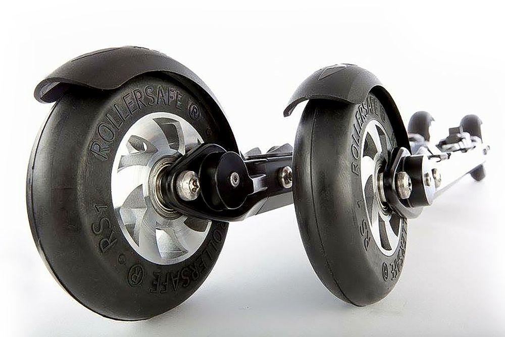 RollerSafe: Den batteridrevne hydraulikken er skjult i rommet mellom hjulene. Bremsene kan man se i form av to små kalipere på hver ski som bremser mot felgen på bakhjulet.