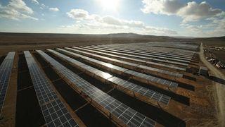 I 2016 ble det satt opp nye solkraftverk tilsvarende 1,5 kullkraftverk hver eneste uke
