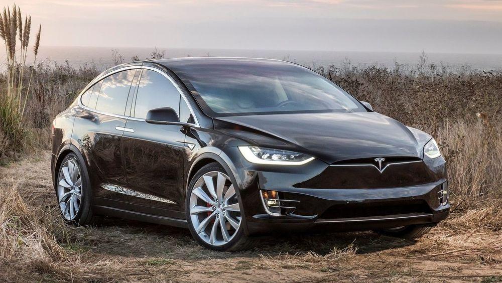 Momsfritaket for Tesla Model X tilsvarer nå en halv milliard kroner.