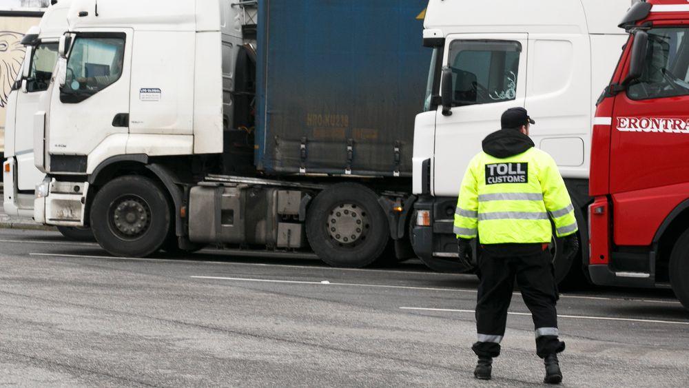 Det oppdages stadig oftere lastebiler som jukser med bruken av AdBlue på vei over grensen fra Svinesund.
