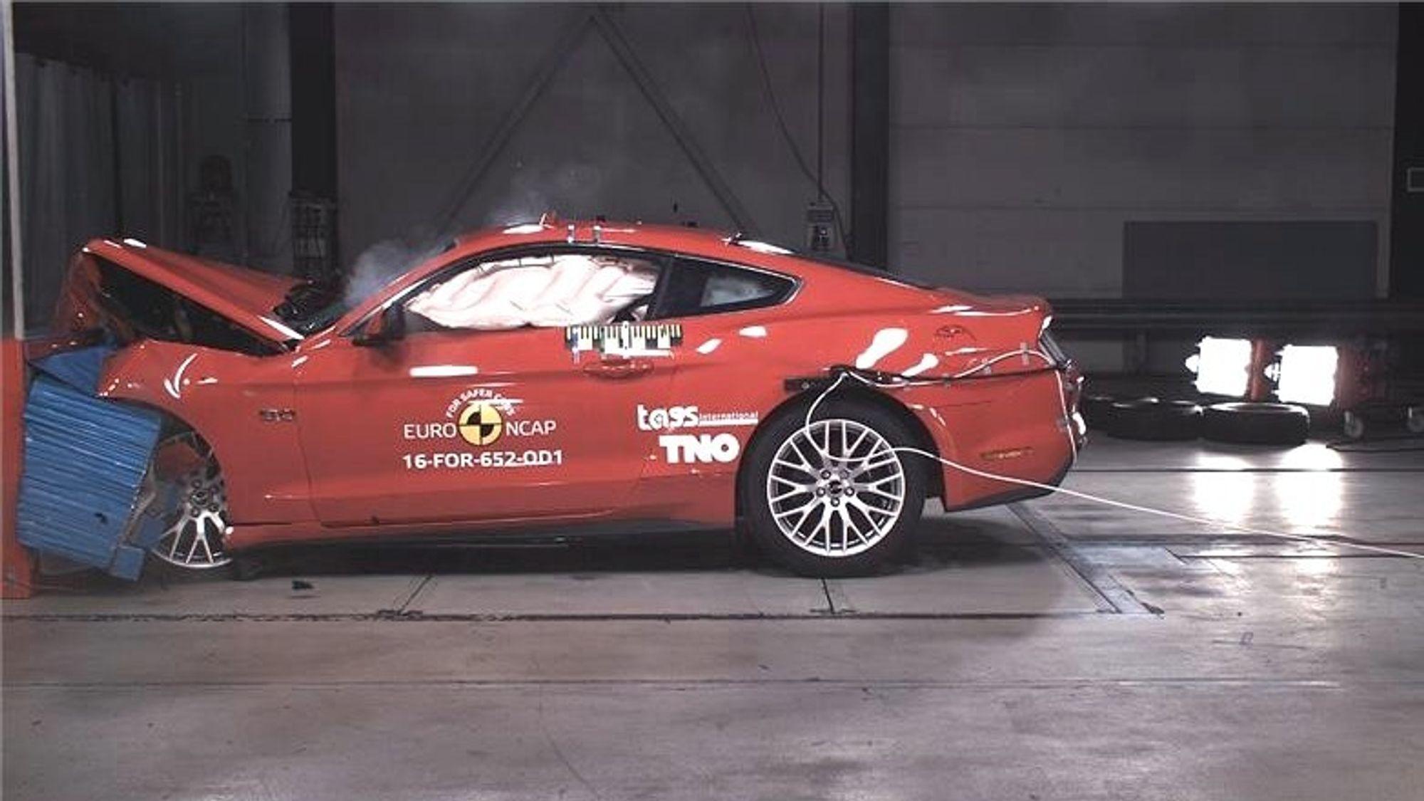 Ford Mustang er nettopp blitt kollisjontestet i Europa.