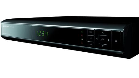 Grundig DTR 8860 PVR har 2 x scart, 1 x HDMI, 2 x smartkortleser, YPbPr, Rj-45 slot for ethernett tilkopling, USB 2.0 slot, 2 x RCA audio (stereo audio), Optical S/PDIF (digital audio ut), DTS forberedt via S/PDIF utgang, antenne inn/ut.