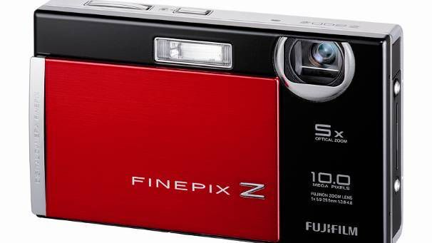 FinePix S2000HD. Pris: 3.000,-