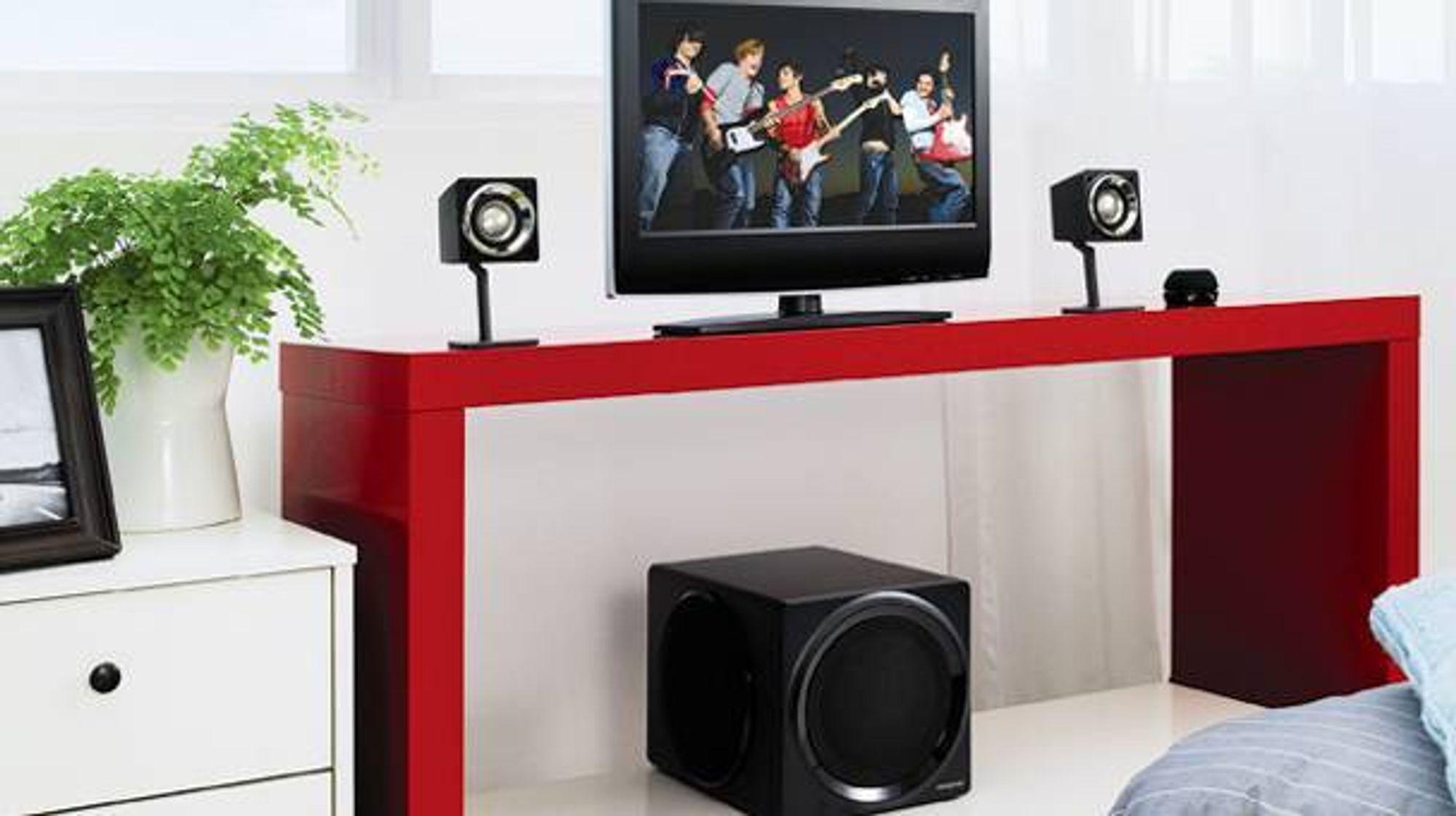 Creatives GigaWorks T3 skal redusere strømforbruket når høyttalerne står på  standby. Inngang på baksiden til lydkort eller PC b76354e9dd924