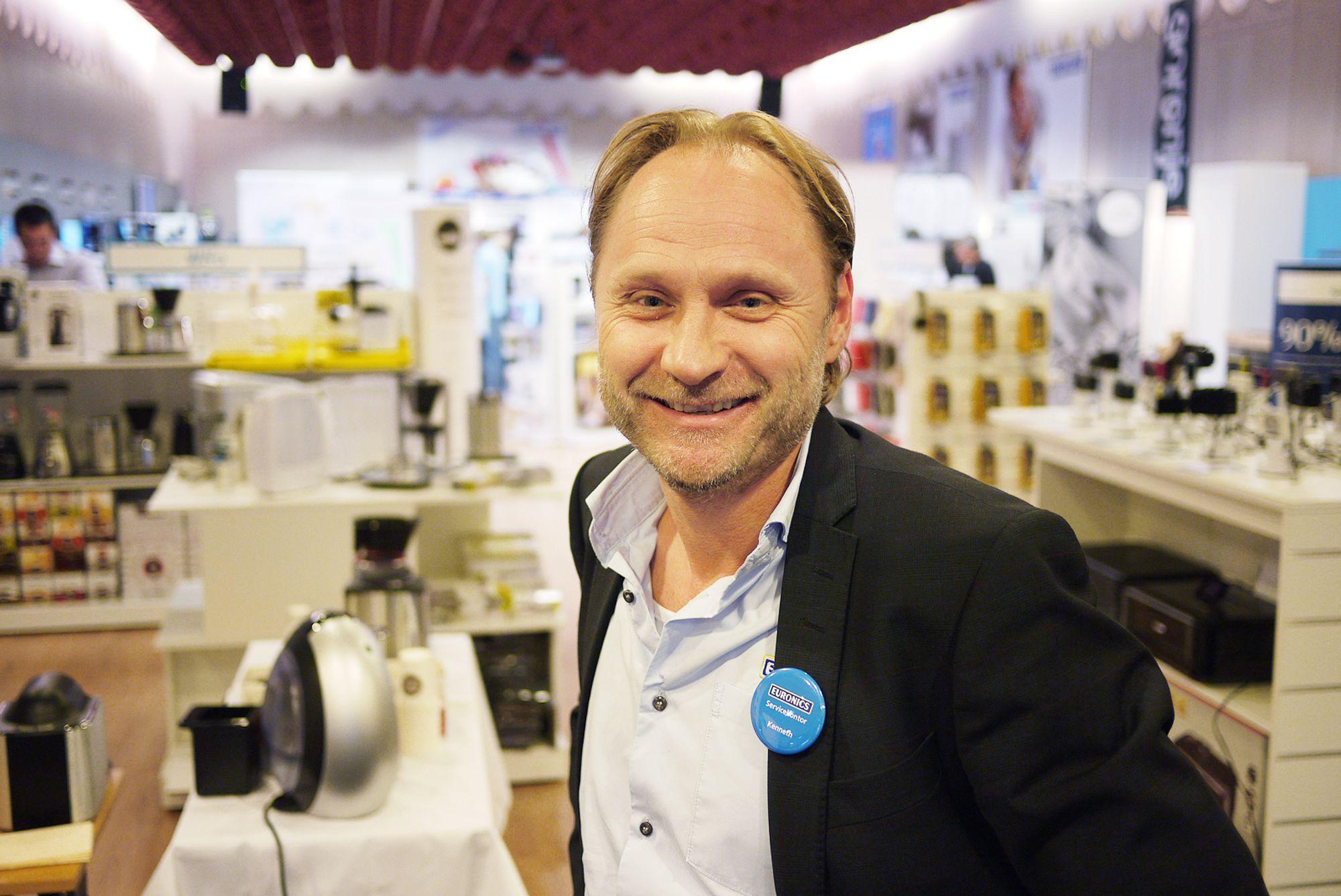 Kenneth Baltzersen, kjedeleder i Euronics Norge, så kraftig øktning i dab-salget denne Black Friday.