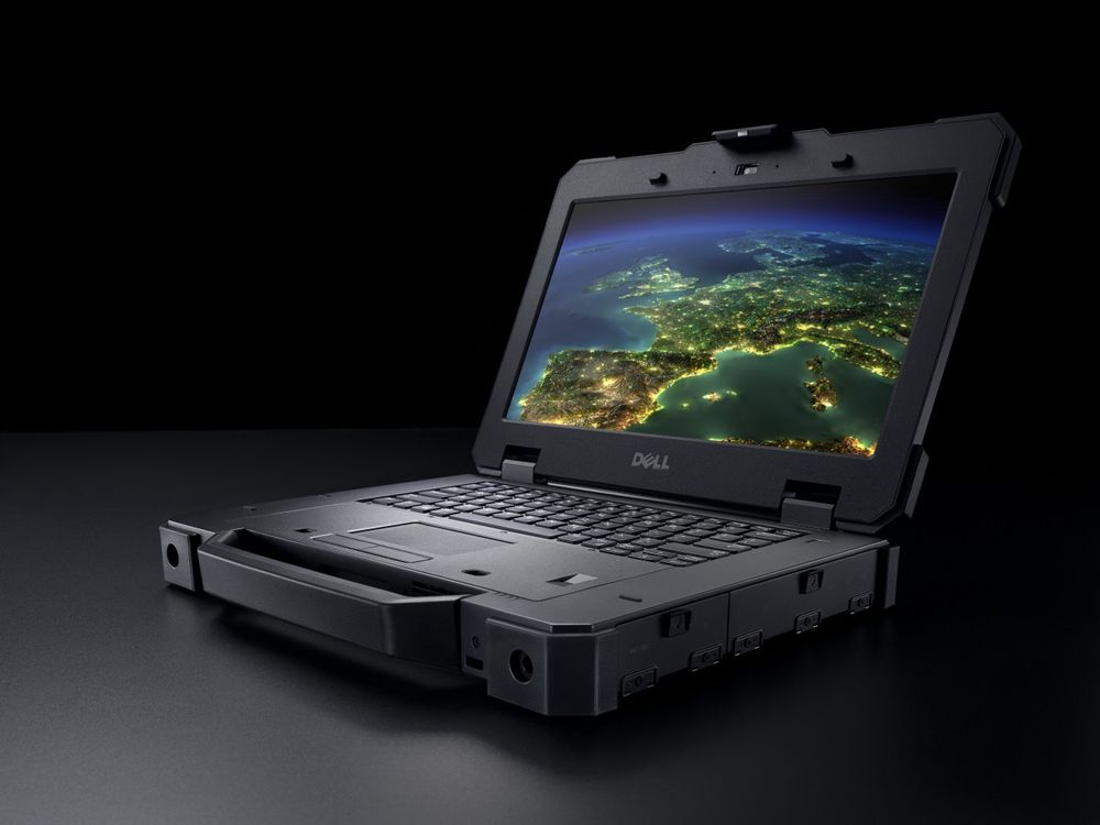 Beauty shot of a Dell Latitude 14 (Model 7404) Magellan Rugged Exteme Notebook