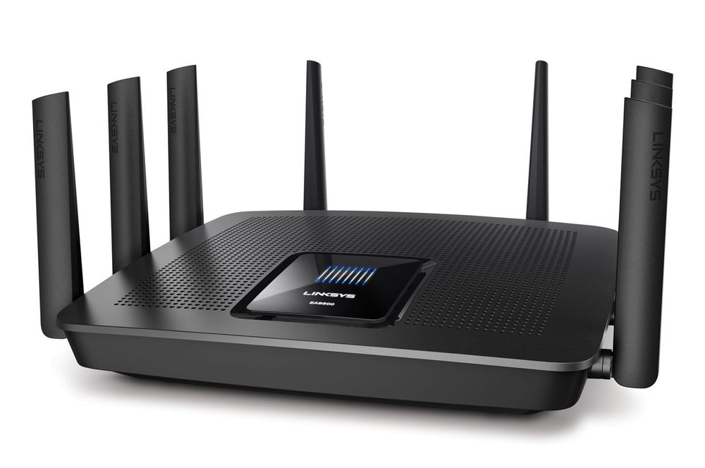 Linksys EA9500, RE7000 og WUSB6100M