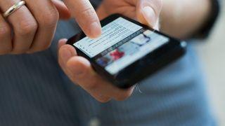 Sikkerhetshull i Wi-Fi-brikker må tettes i både iOS- og Android-enheter
