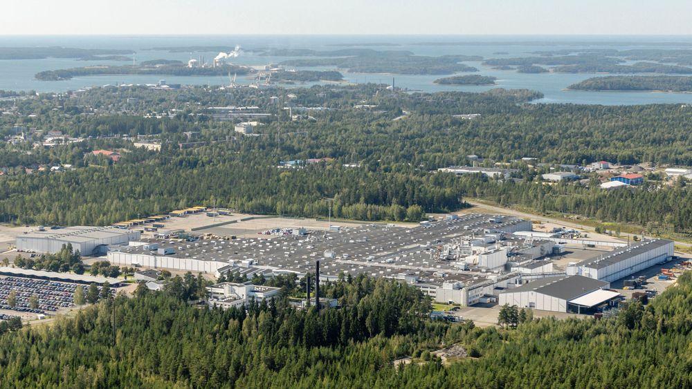 Dette er Valmet Automotive-fabrikken som nå blir sentrum for en finsk-kinesisk elbilsatsing.