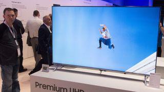 Samsung med 82 tommer i sin 7-serie