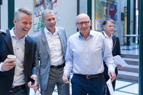 Rubrikkdirektør Sondre Gravir (f.v.), konsernsjef Rolv Erik Ryssdal, Schibsted Norge-sjef, Didrik Munch og finansdirektør Trond Berger (t.h.).