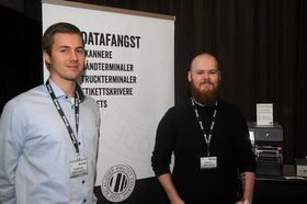 SPARER: Performance Controller Kenneth Dahl og IT-Operation Manager Kristian Orre, ColliCare Logistics AS forteller at selskapet har spart mye på å investere i håndterminaler og PDA-er fra Lexit Group. Foto: Trond Schieldrop/Lexit.