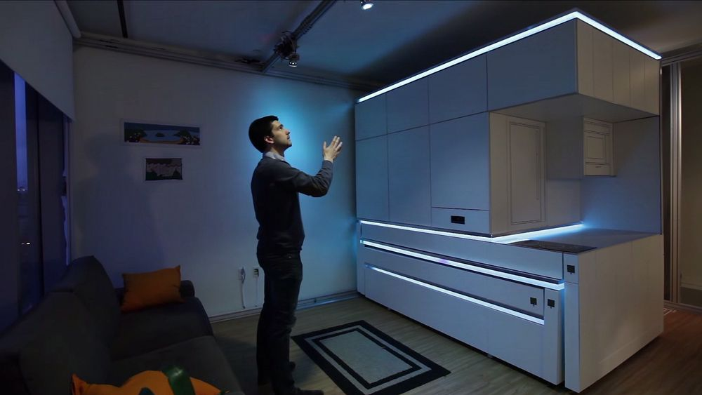 MIT-utviklede CityHome hevder å tredoble funksjonaliteten leiligheter som er så små som 18 kvadratmeter, ved å endre på interiør etter behov. For mer tradisjonelle leiligheter kan liten plass by på problemer.