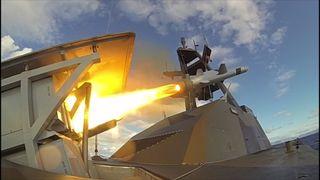 Tysklands nye kampskip-stoltheter blir først med det norske kryssermissilet