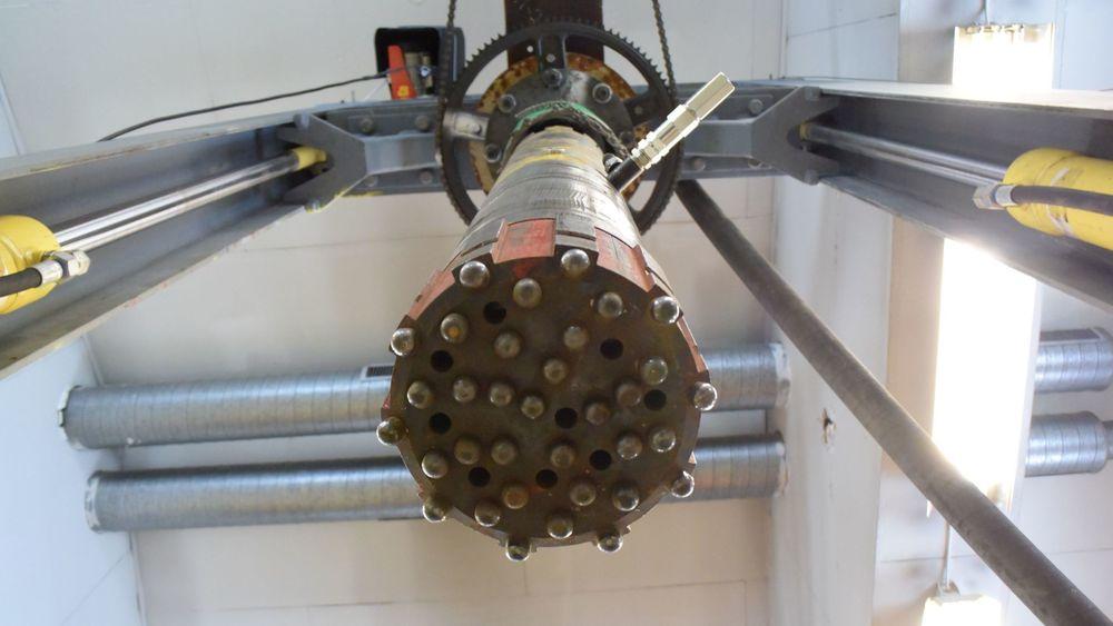 Prototypen på borhammeren står på Hammergys verksted på Evjemoen.