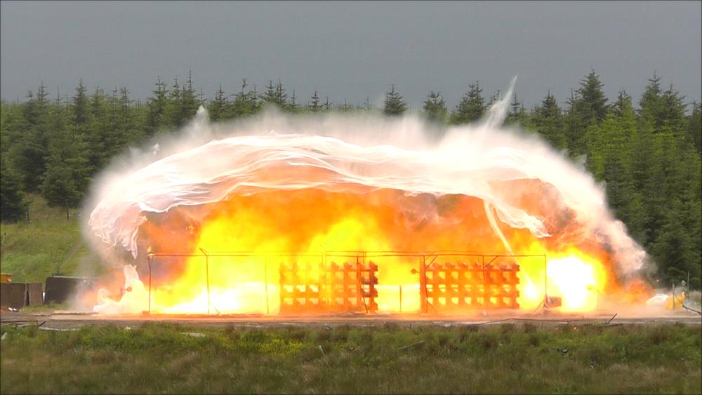 DNV GL har et stort testanlegg for eksplosjoner i Spadeadam i England.