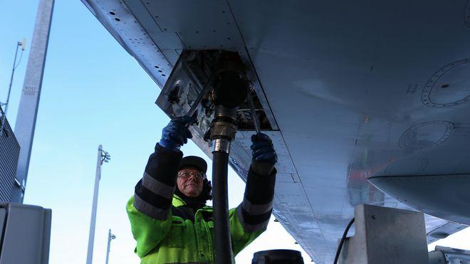 Elkem dropper flydrivstoff fra norske tømmerstokker - går for mer trekull og varme