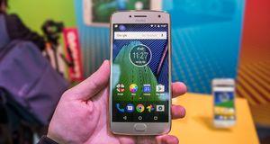 Motorola Moto G5 Moto G5 er bare en liten forbedring fra i fjor, og det er akkurat det vi hadde håpet