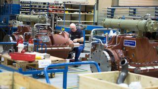Rolls-Royce har blitt langt billigere i innkjøp, men Kongsberg sliter med få nybygg offshore