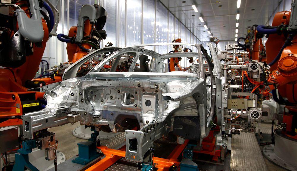 Slankere: Audi bruker ikke bare aluminium I store bilder, også i A3 blir stadig mer av stålet erstattet av aluminium, men også kompositter