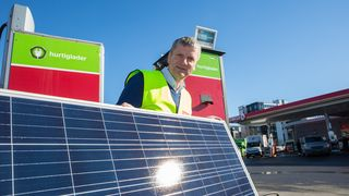 Nå kan elbilene hurtiglades med sol